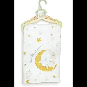 NWT Bunnies By The Bay Give Glad Dreams Blanket
